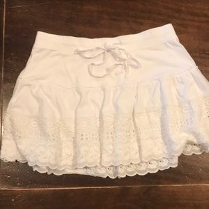 Aeropostale white skirt with eyelet border size S